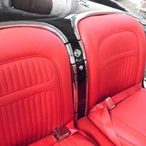 Obszycie wnętrza samochodu