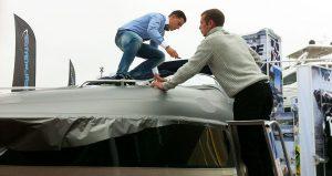 Prace nad łodzią